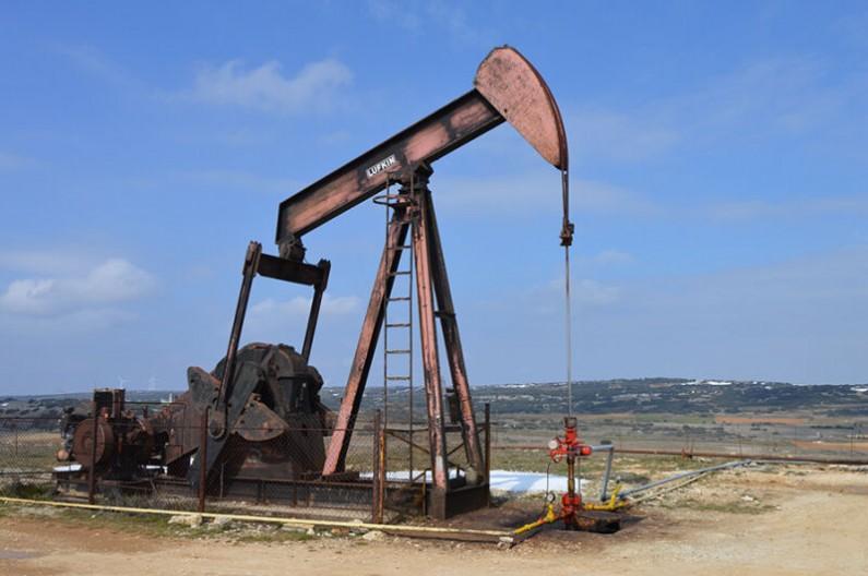 Balancín extractor de petróleo