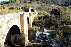 Puente Medieval y Ermita de San Antonio
